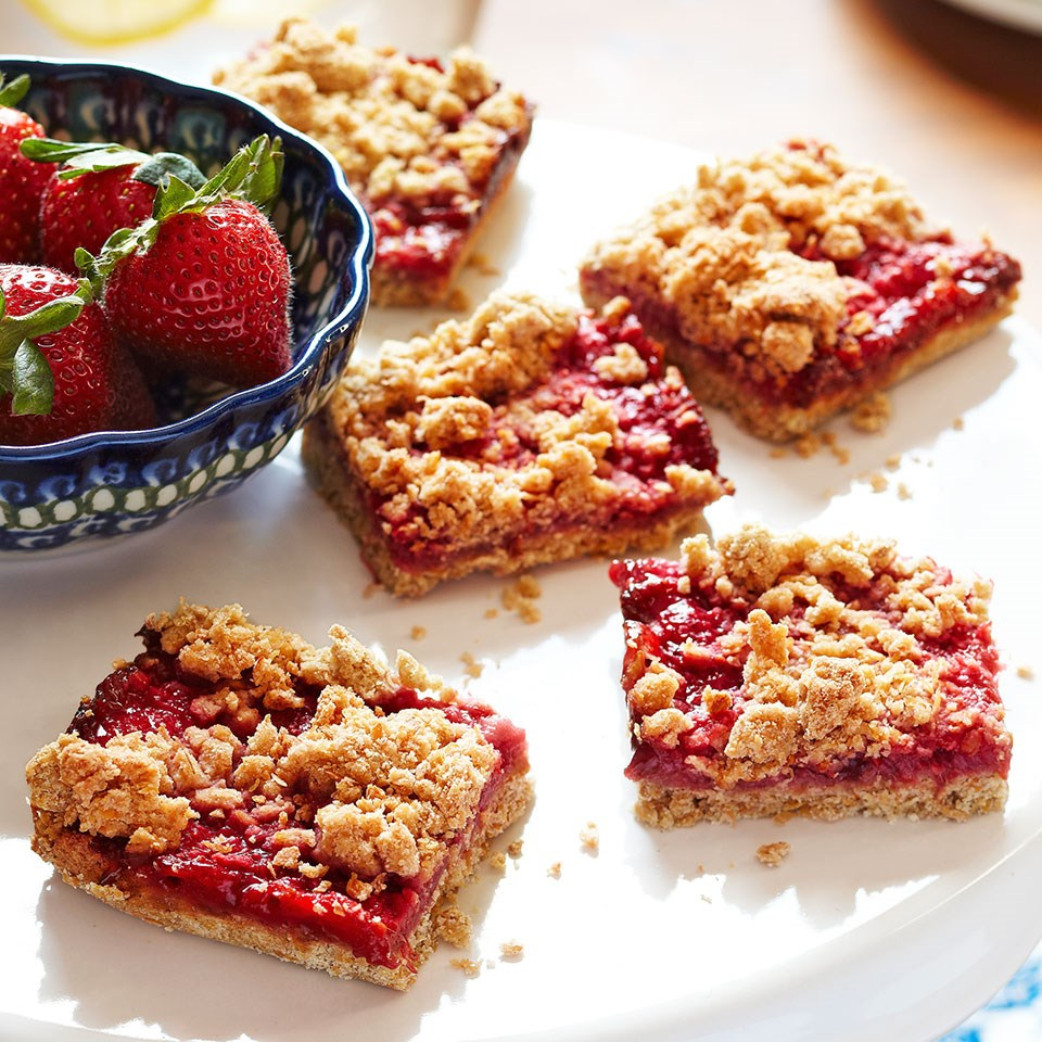 Feb 24,  · These Strawberry Oatmeal Bars have an oatmeal bottom with a hint of cinnamon, topped with a juicy strawberry filling and then finished with a crumble topping! These bars could be served for breakfast, snack or dessert!/5(3).