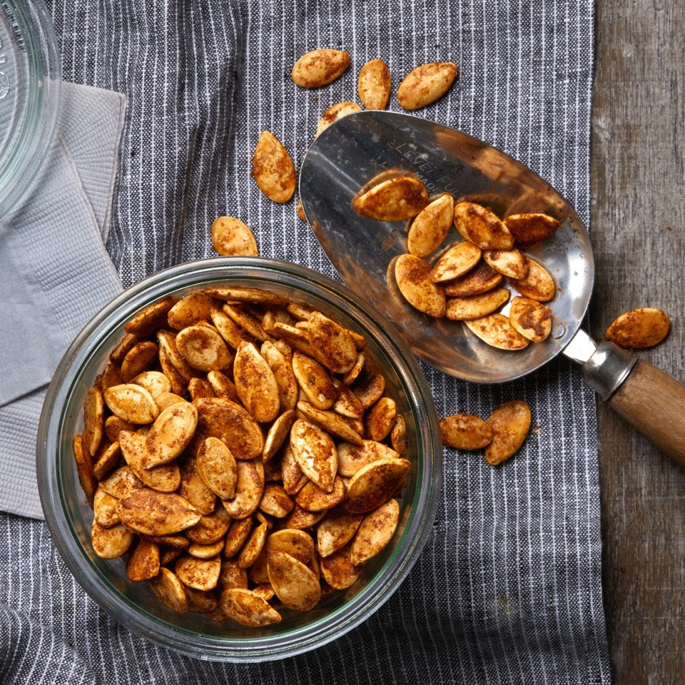 Spicy Chile-Roasted Pumpkin Seeds
