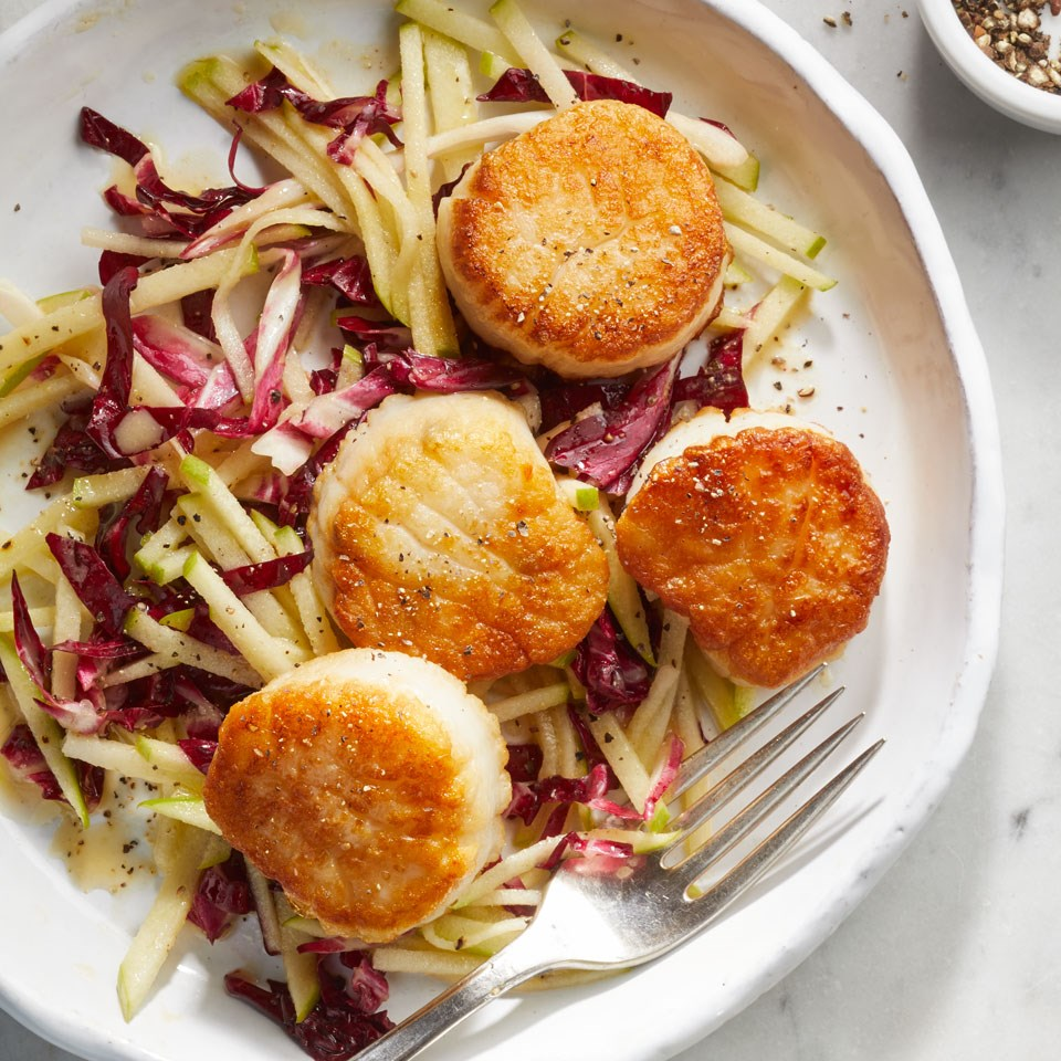 Scallops with Radicchio-Apple Slaw