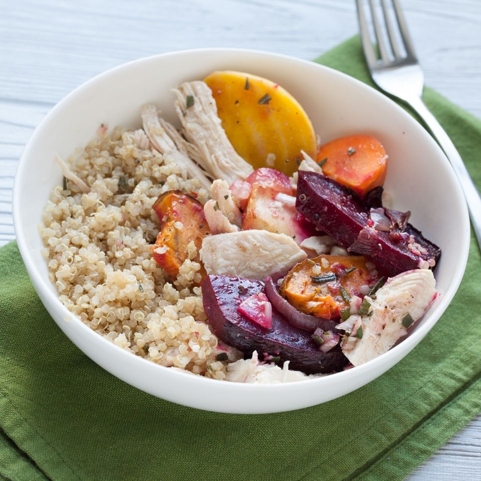 Chicken, Quinoa & Veggie Bowl