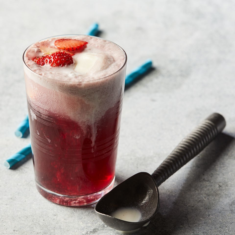 Red Wine Ice Cream Float