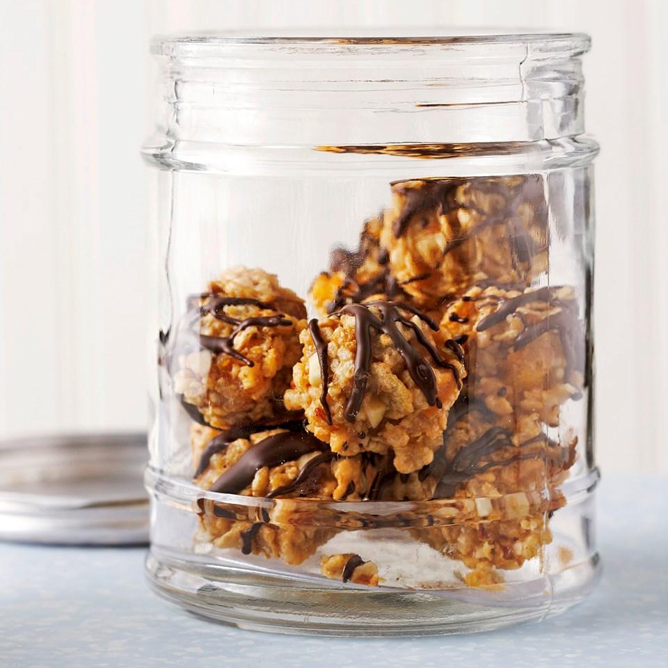 No-Bake Apricot-Almond Balls