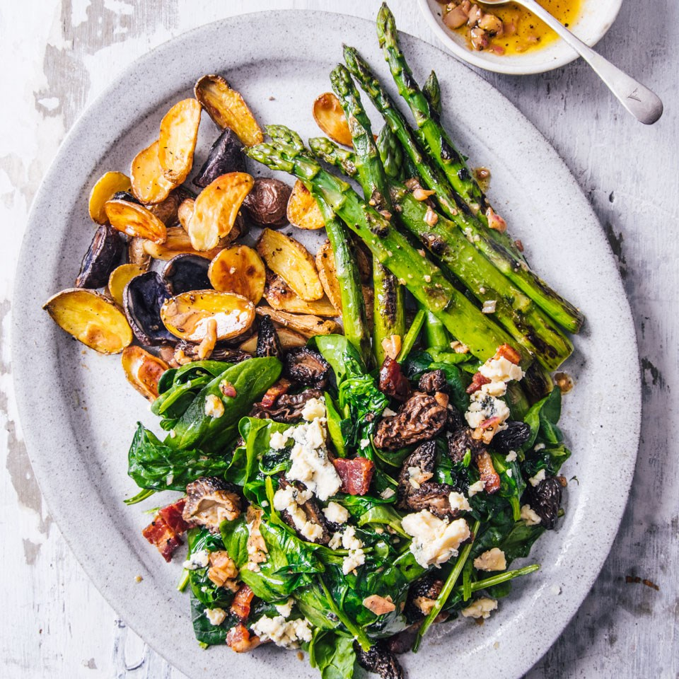Spinach Salad with Morels, Bacon & Blue Cheese