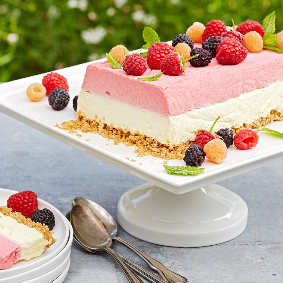 How To Use Frozen Fruit In Cake