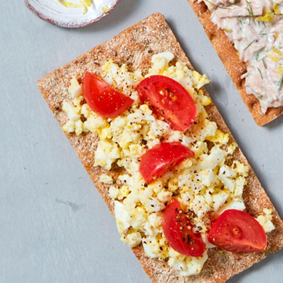 Cherry Tomato & Egg Cracker