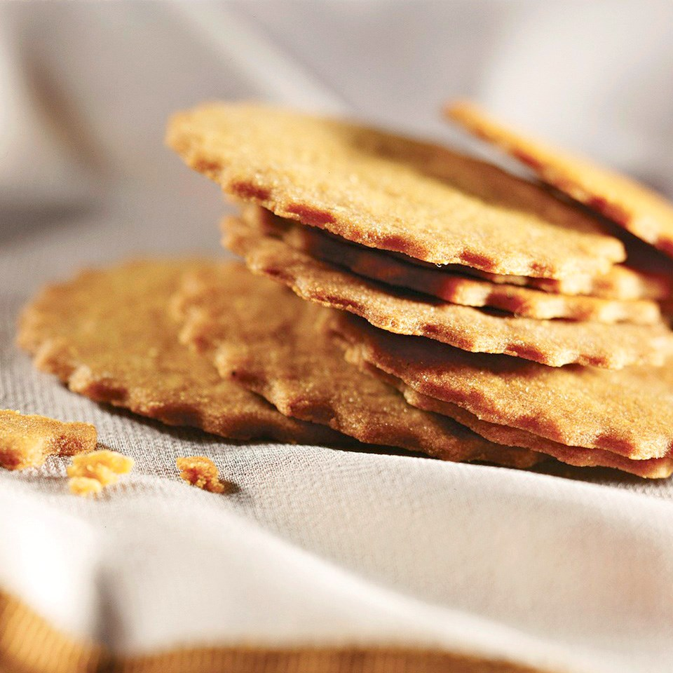 Crisp Spice Cookies