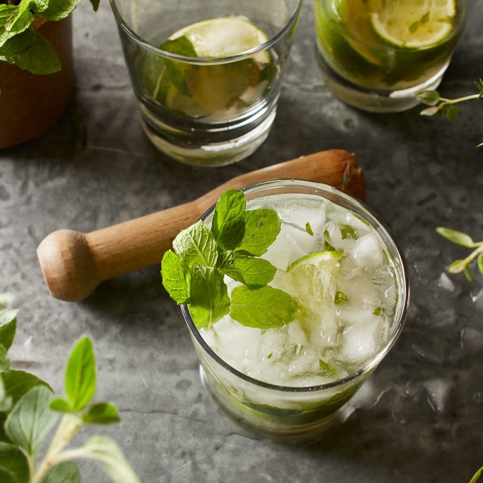 Fresh Mint Mojito Cocktail
