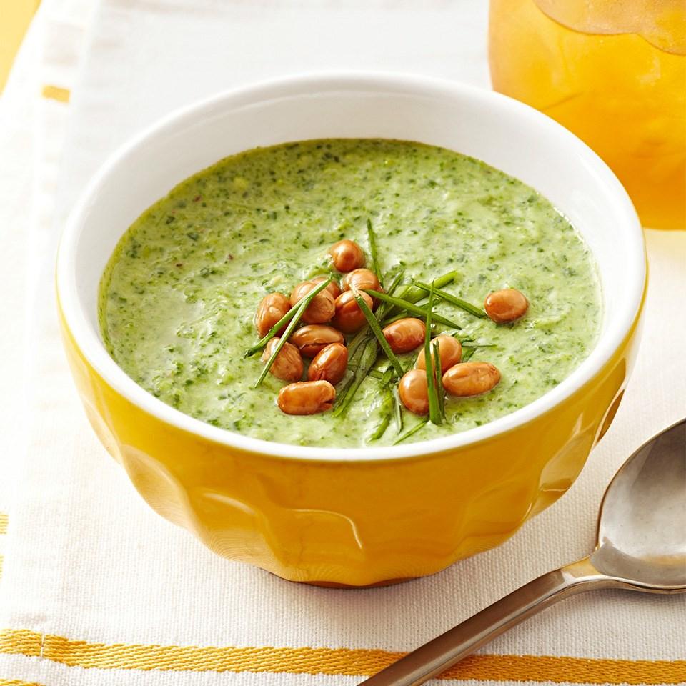 Creamy Edamame-Veggie Soup