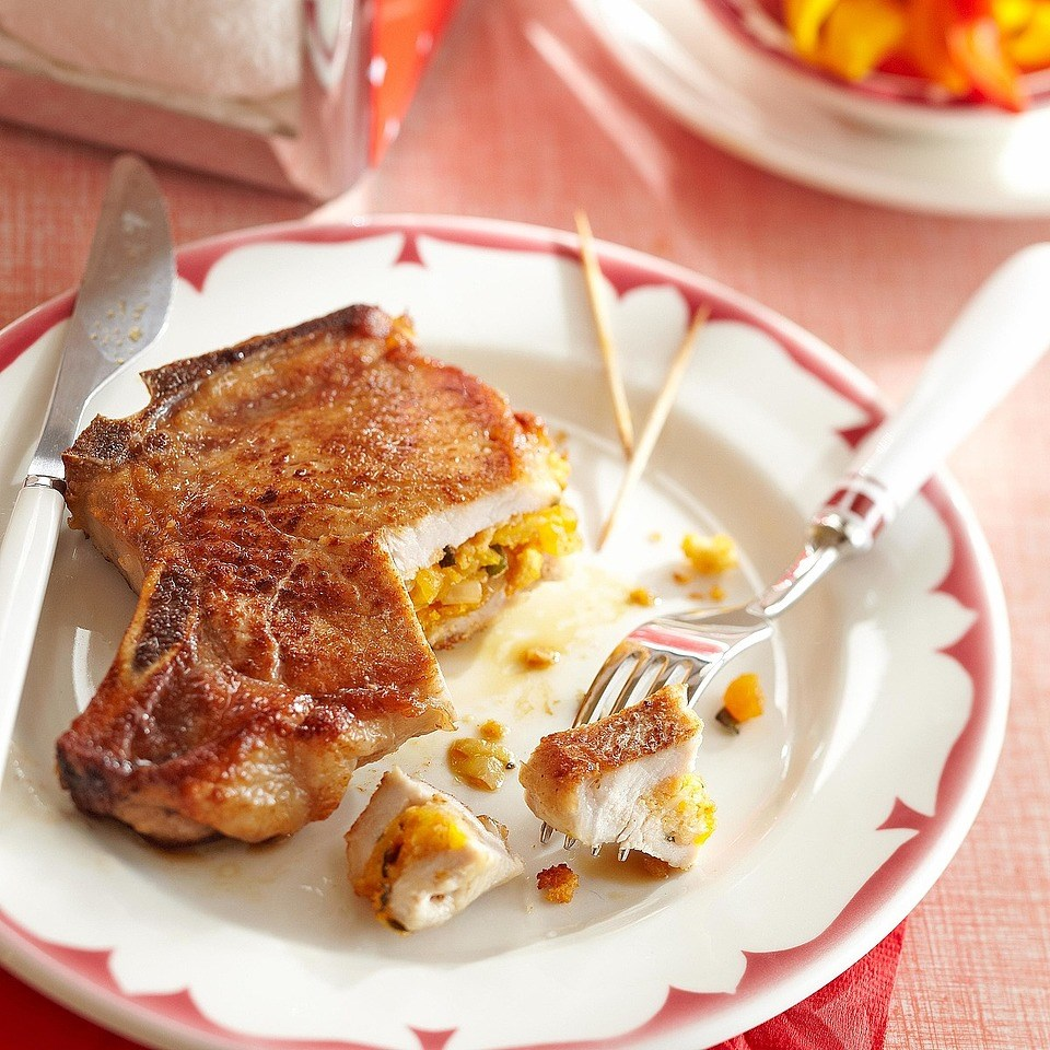 Cornbread-Stuffed Pork Chops