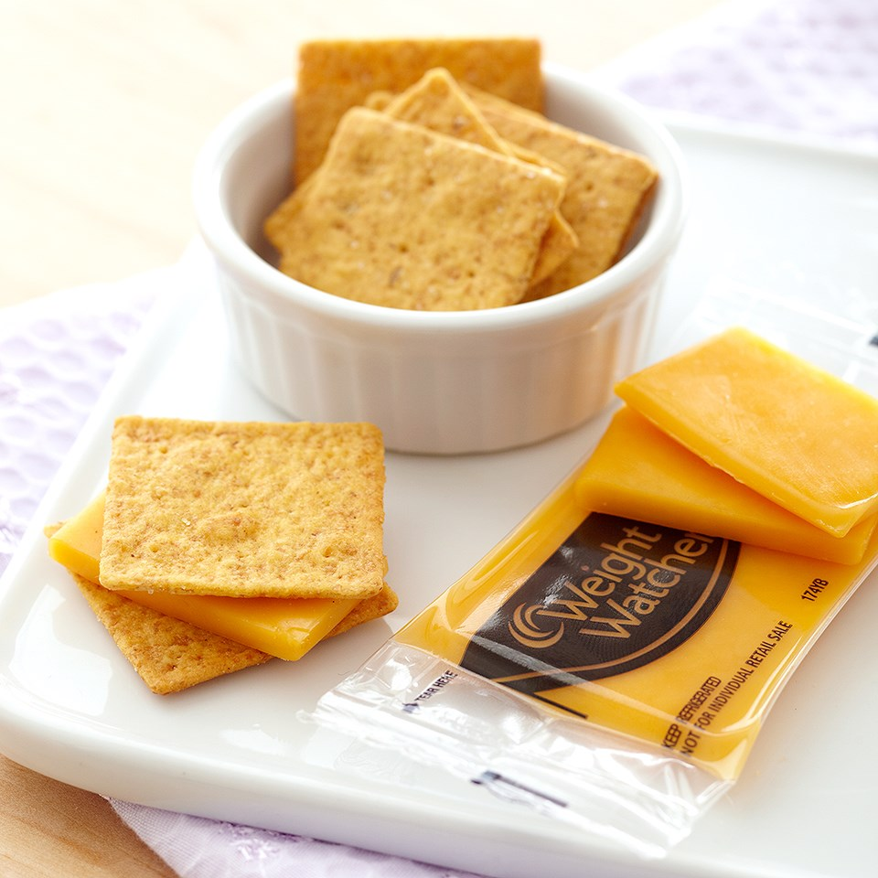Wheat Crackers & Cheddar Cheese