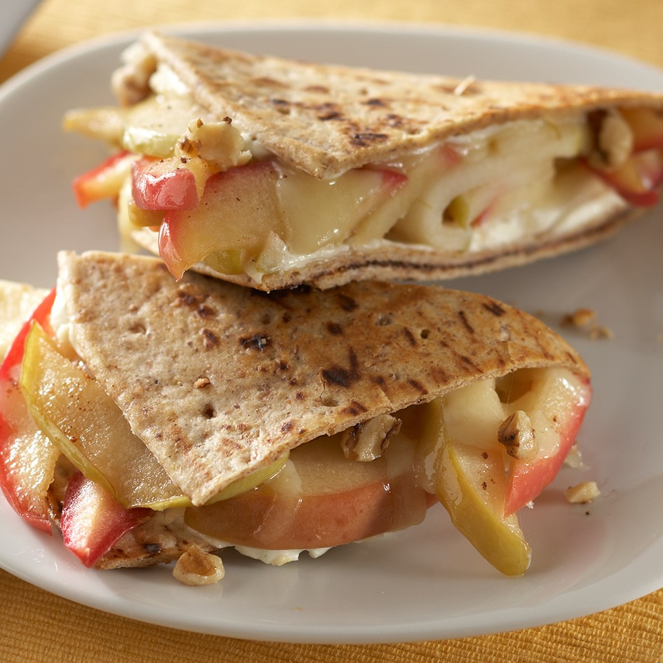 Toasted Apple-Cheese Breakfast Sandwiches