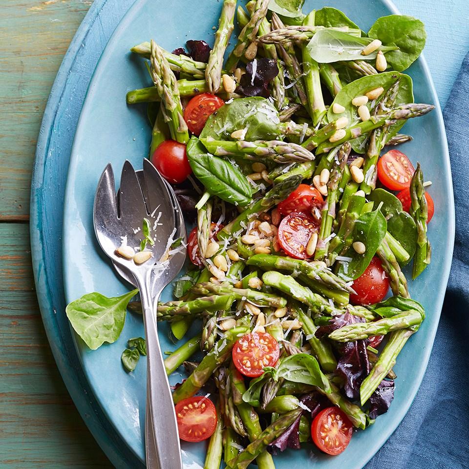 Fresh Asparagus-Tomato Salad