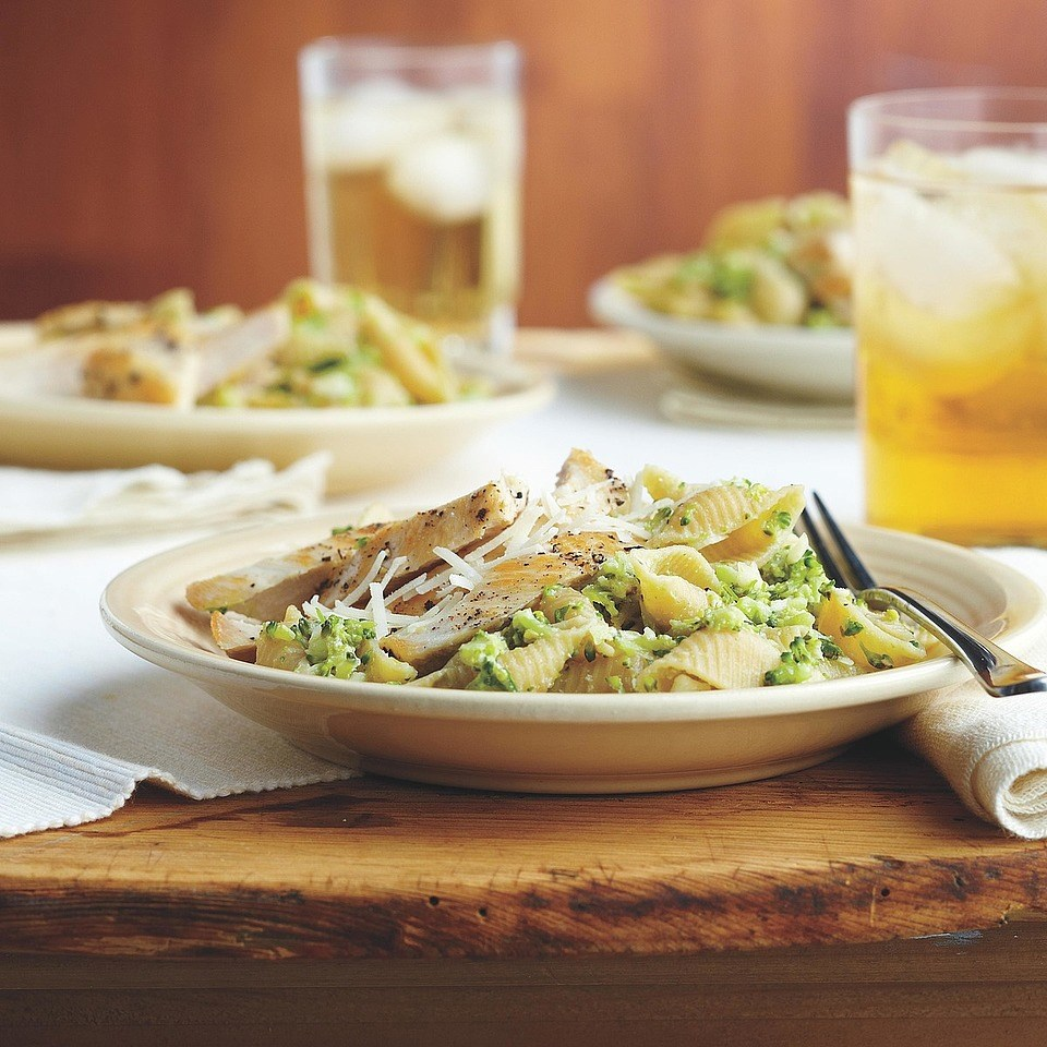 Chicken with Broccoli Pesto Pasta