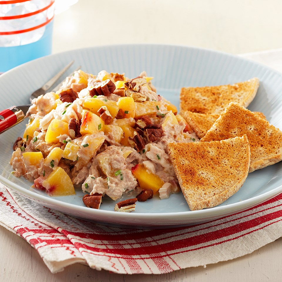 Tuna-Nectarine Salad with Bread Toasts