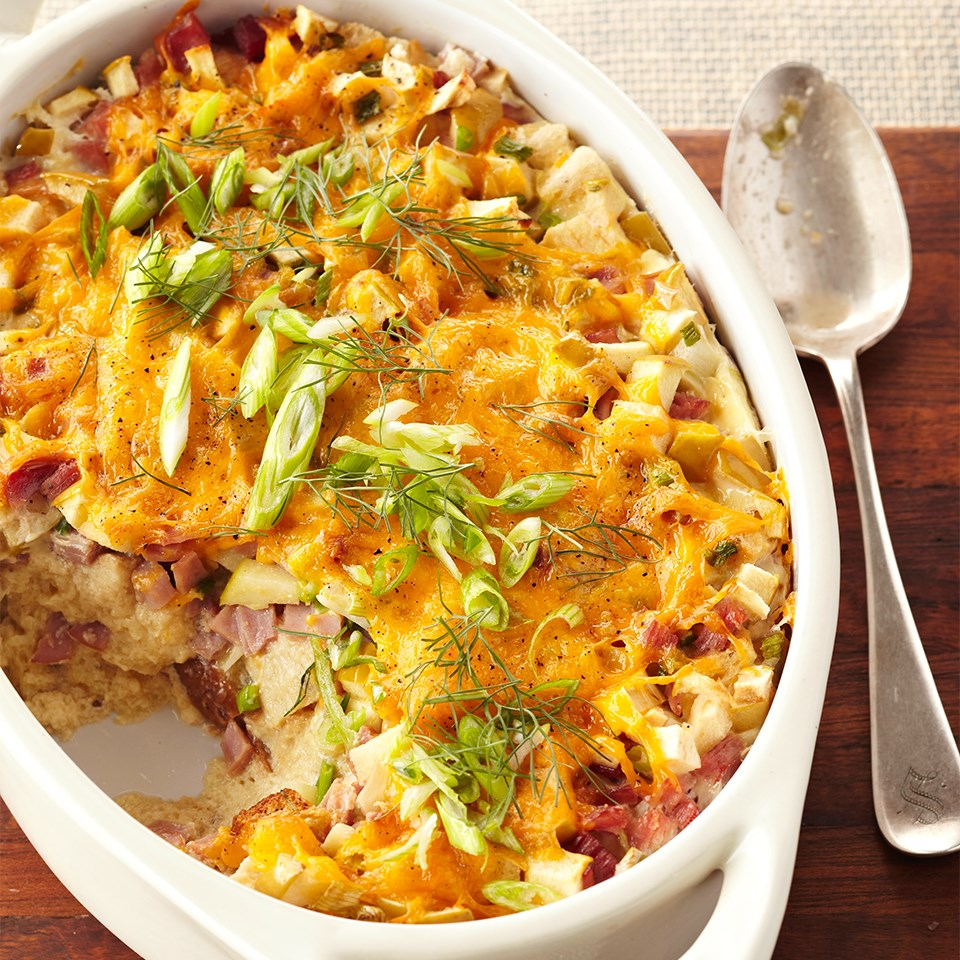 Apple-Cheddar Ham and Egg Casserole