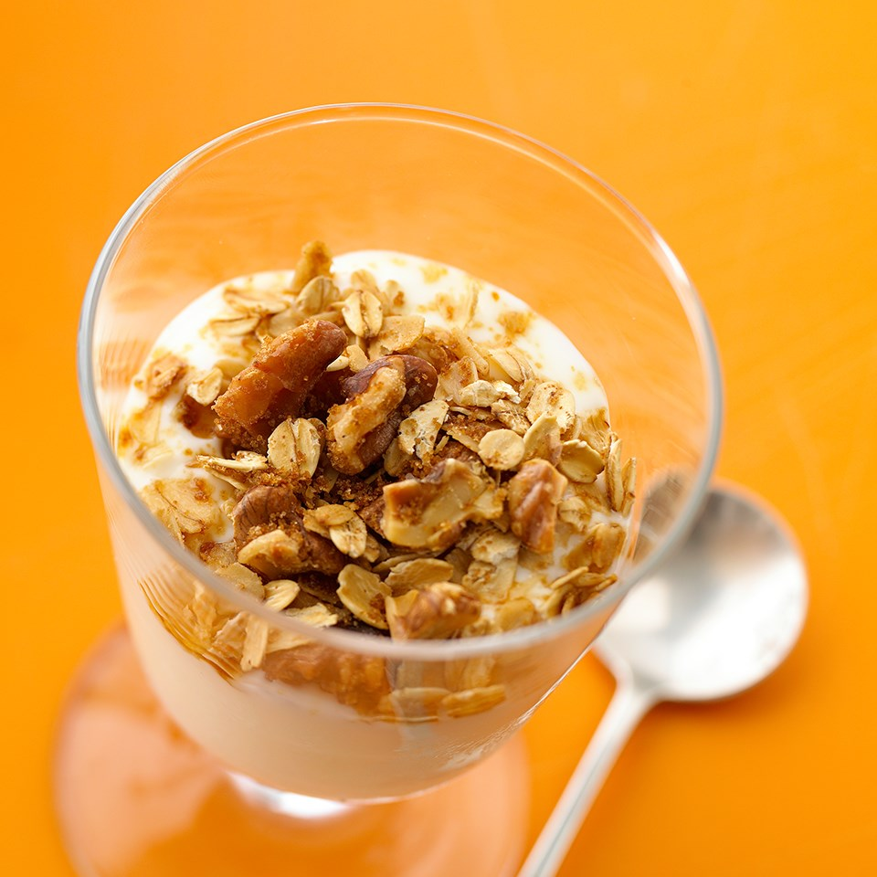 Sweet 'n' Crunchy Yogurt Topping