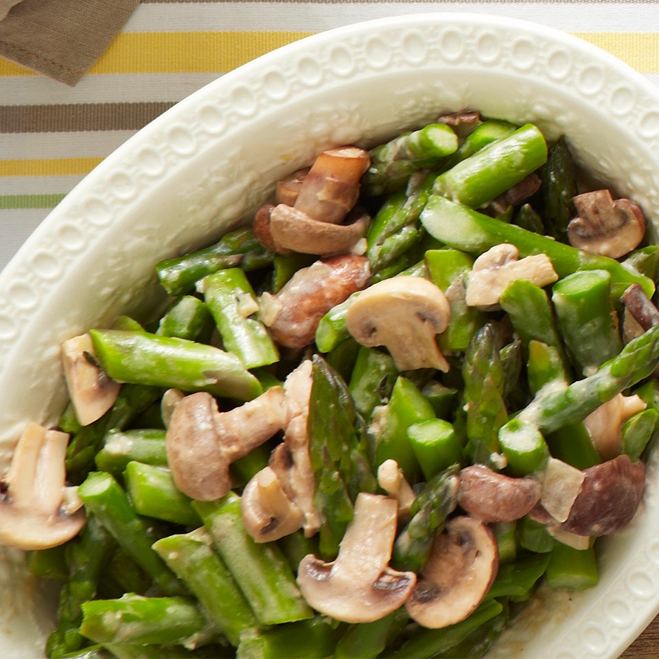 Creamed Asparagus and Mushrooms