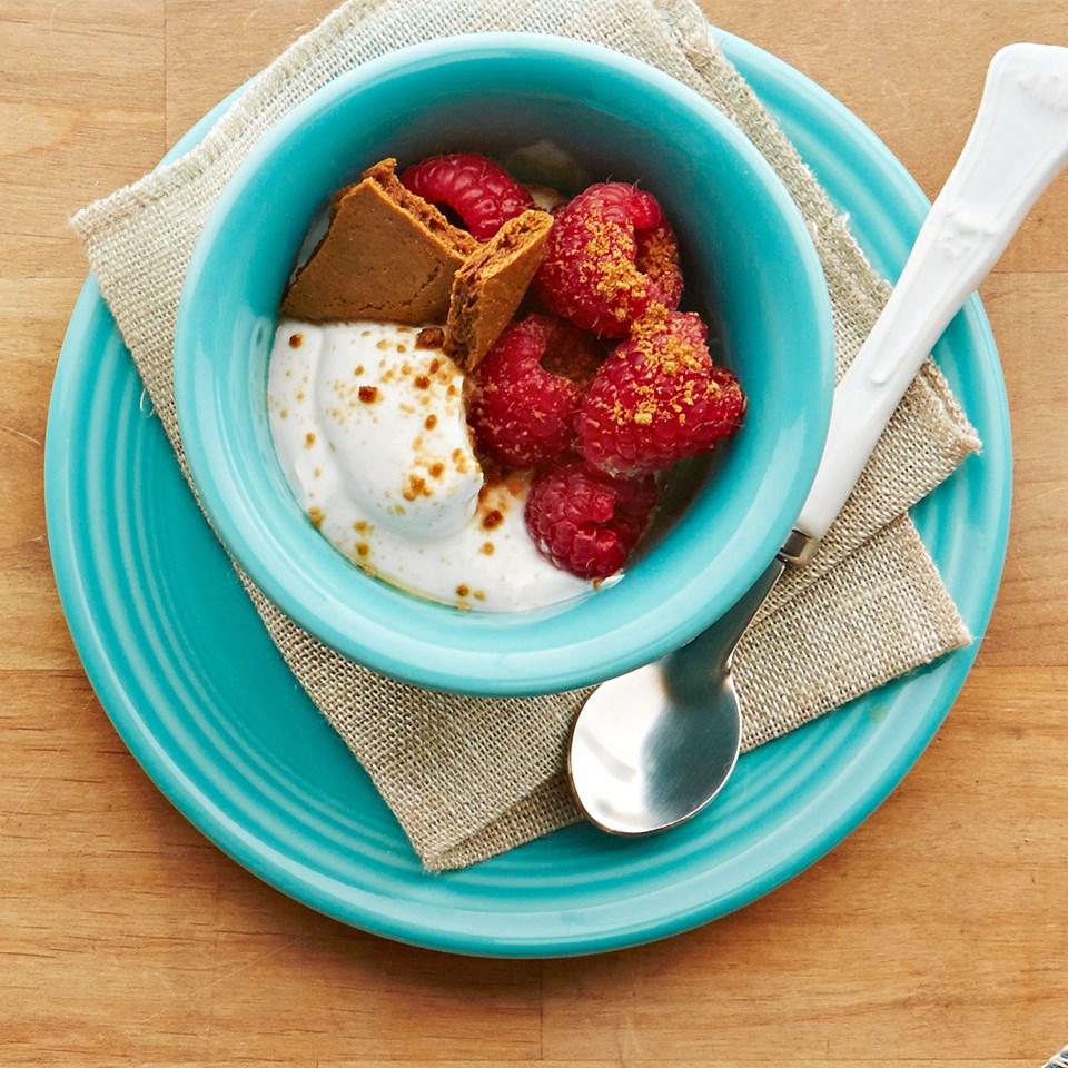 Ginger-Berry Dessert