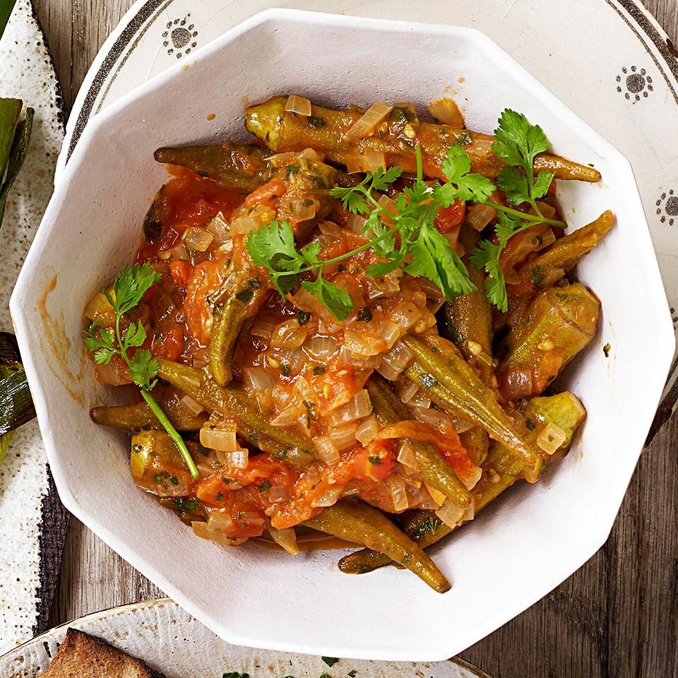 Stewed Okra (Yakhnet Bemyieh) Recipe - EatingWell