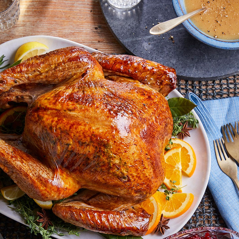 José Andrés' Brined Roast Turkey & Gravy
