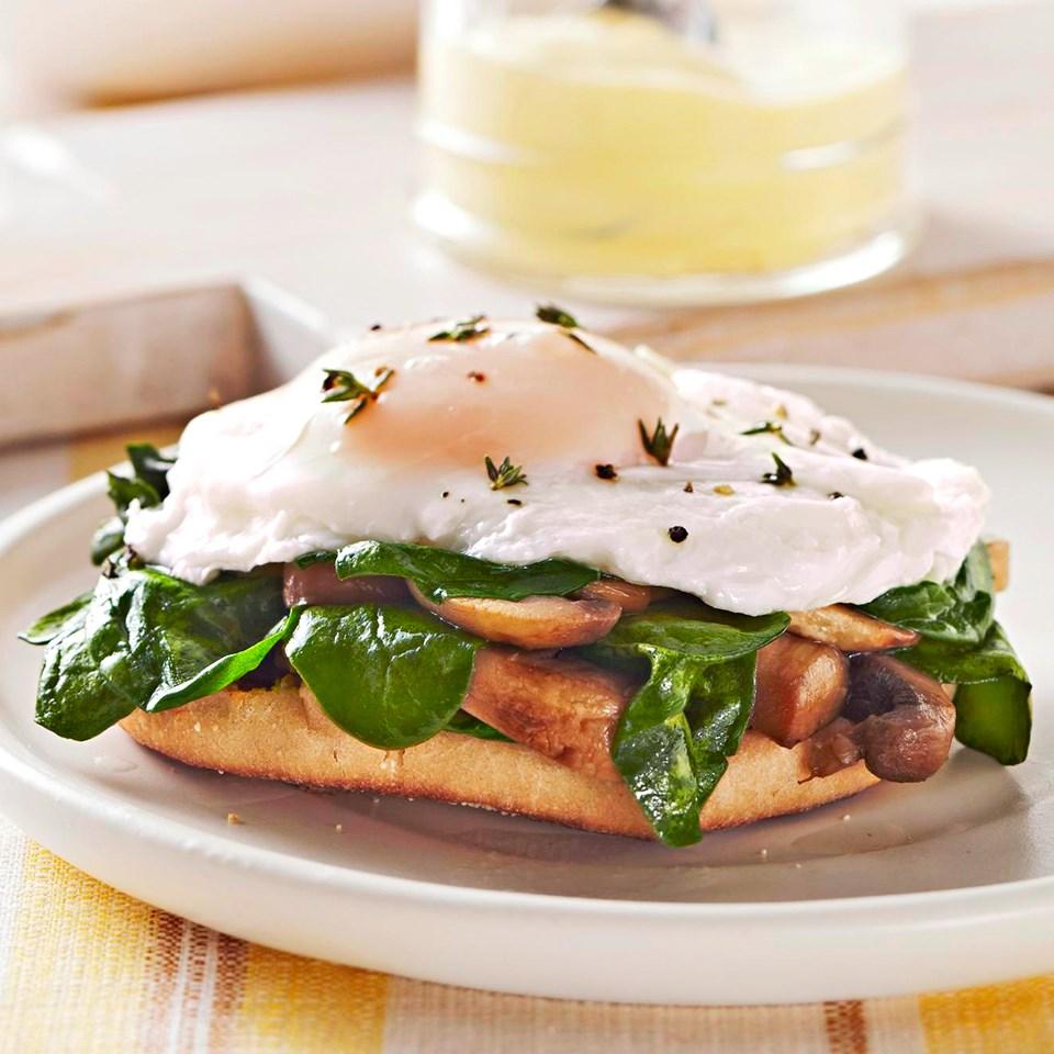 Mushroom-Spinach Eggs Benedict