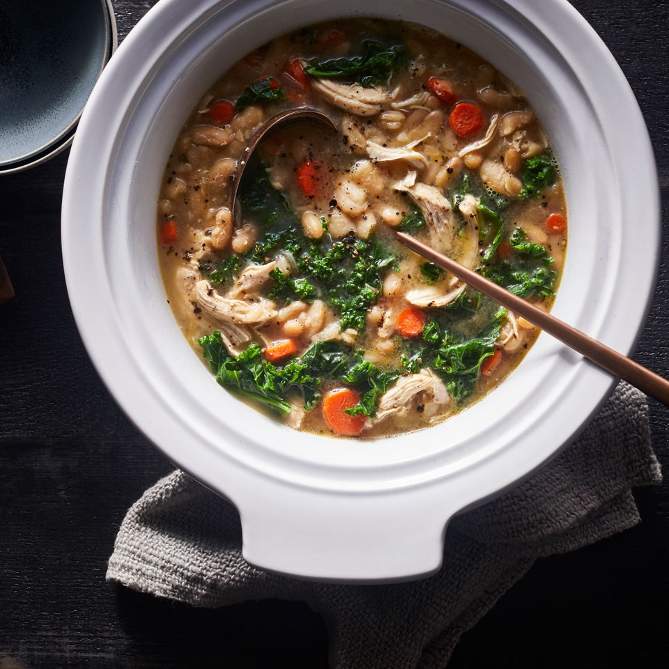 Slow-Cooker Chicken & White Bean Stew