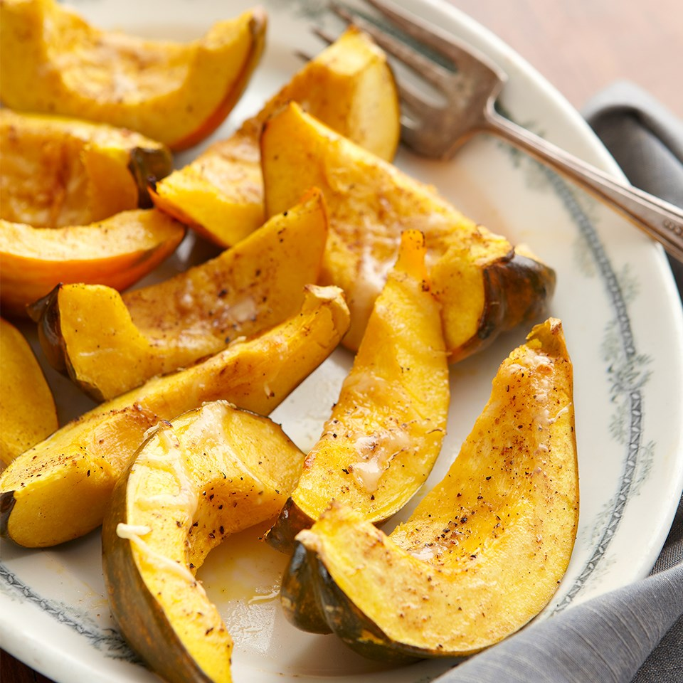 Cheese-Topped Acorn Squash