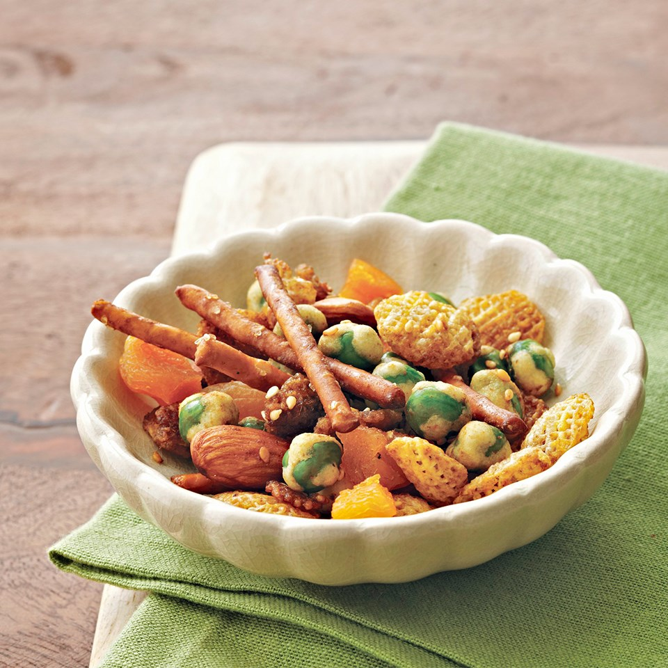 Sweet & Spicy Wasabi Snack Mix