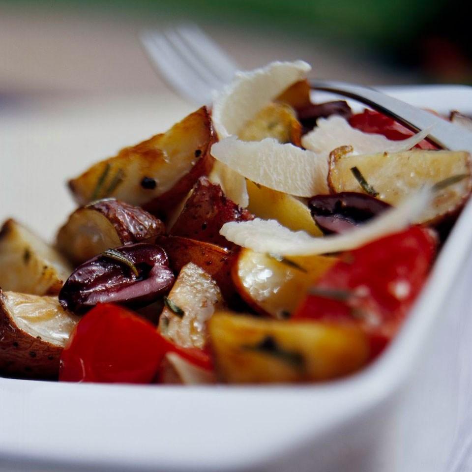 Rosemary Potatoes & Tomatoes