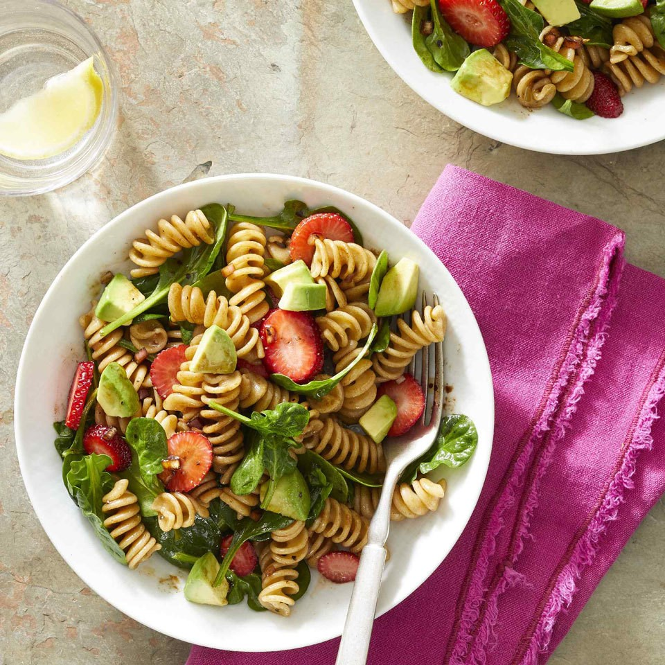 Spinach & Strawberry Pasta Salad