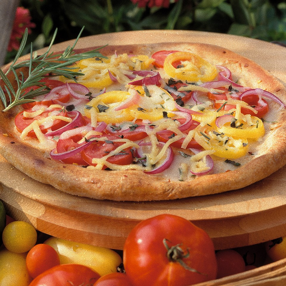 Smoky Tomato Pizza