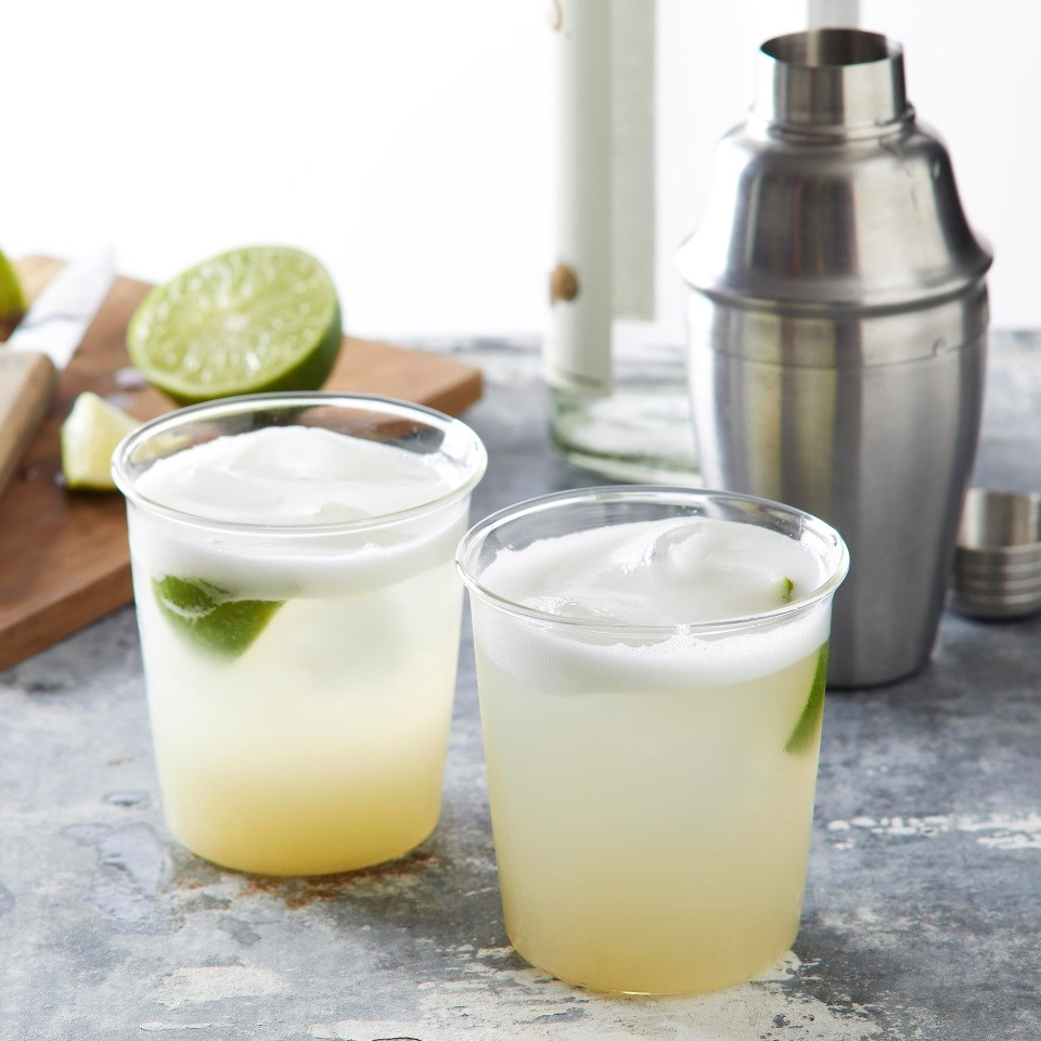 Aquafaba Gin Fizz