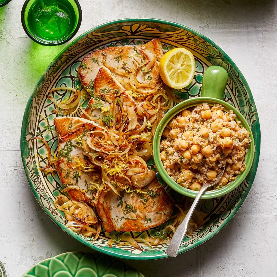 Turkish Seared Tuna with Bulgur & Chickpea Salad