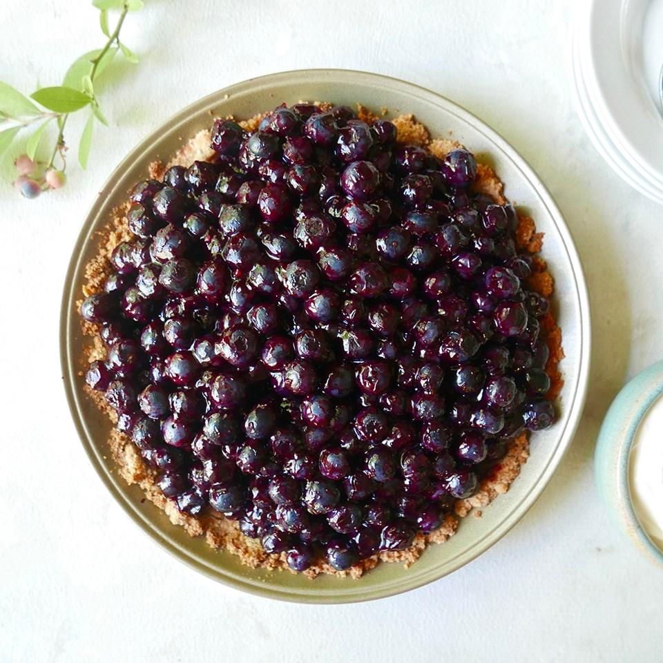 Mostly Raw Blueberry-Elderflower Pie Recipe