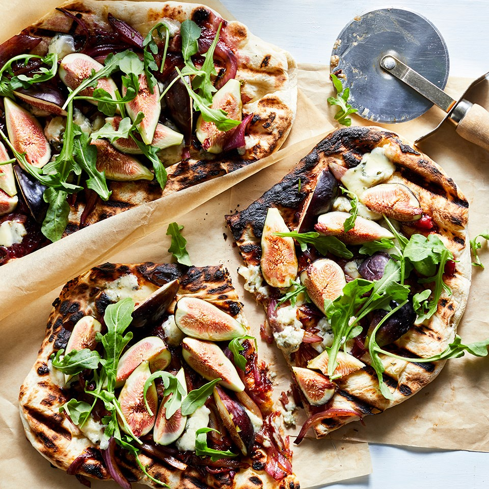 Fig, Arugula & Gorgonzola Grilled Pizzas Recipe