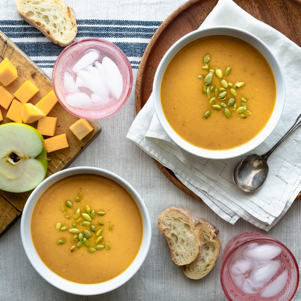 Slow-Cooker Vegan Butternut Squash Soup with Apple