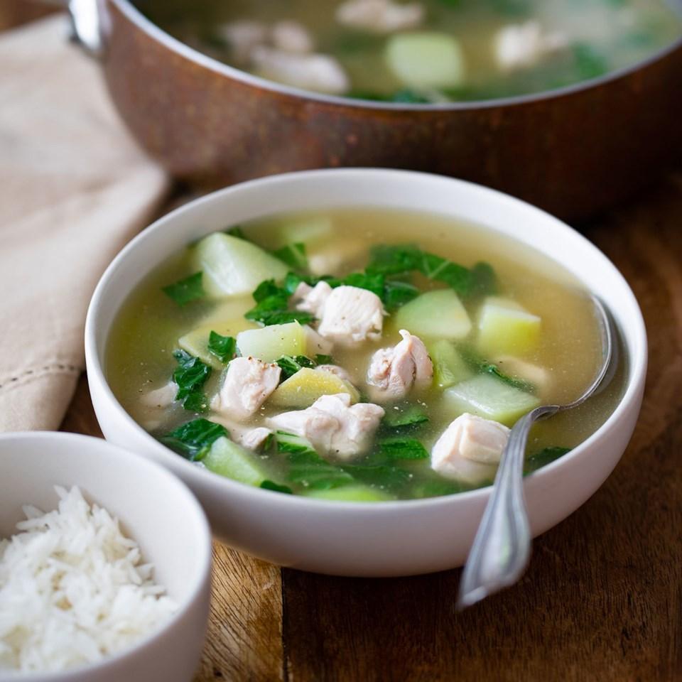 Tinola (Filipino Ginger-Garlic Chicken Soup) Recipe