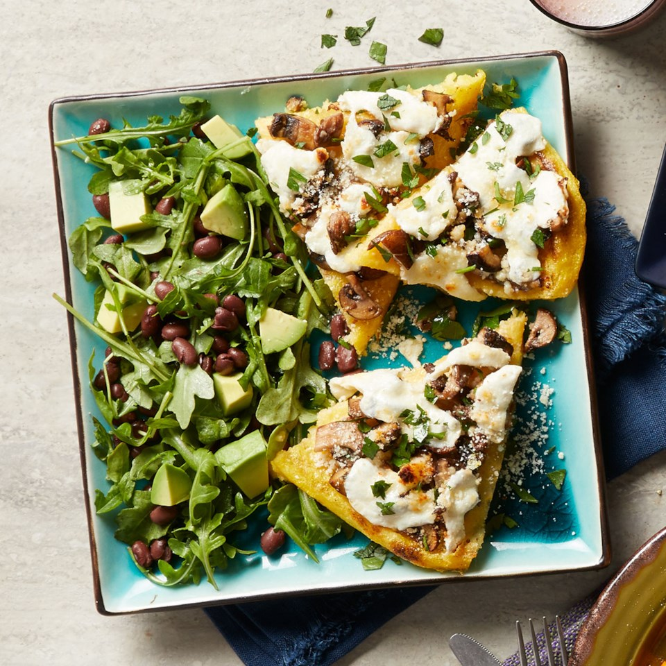 Polenta Pizza with Mushrooms & Arugula Salad