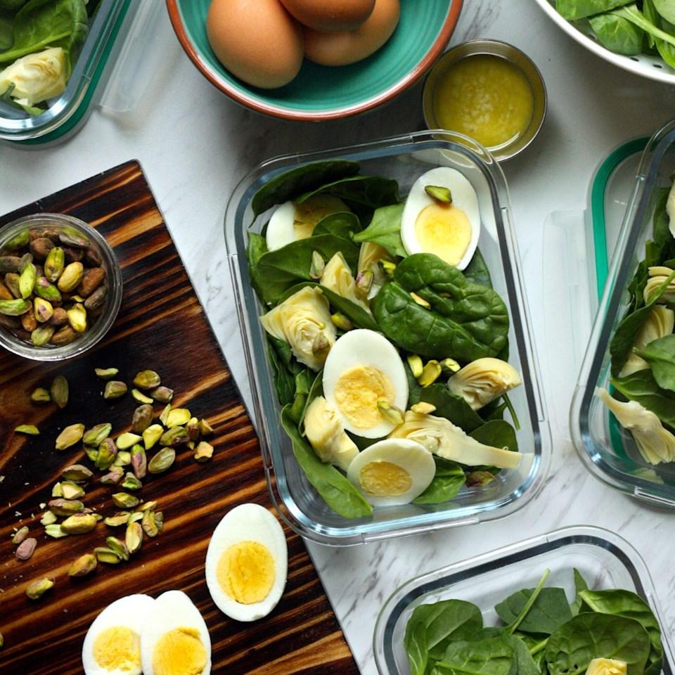 Spinach & Artichoke Salad with Parmesan Vinaigrette Recipe