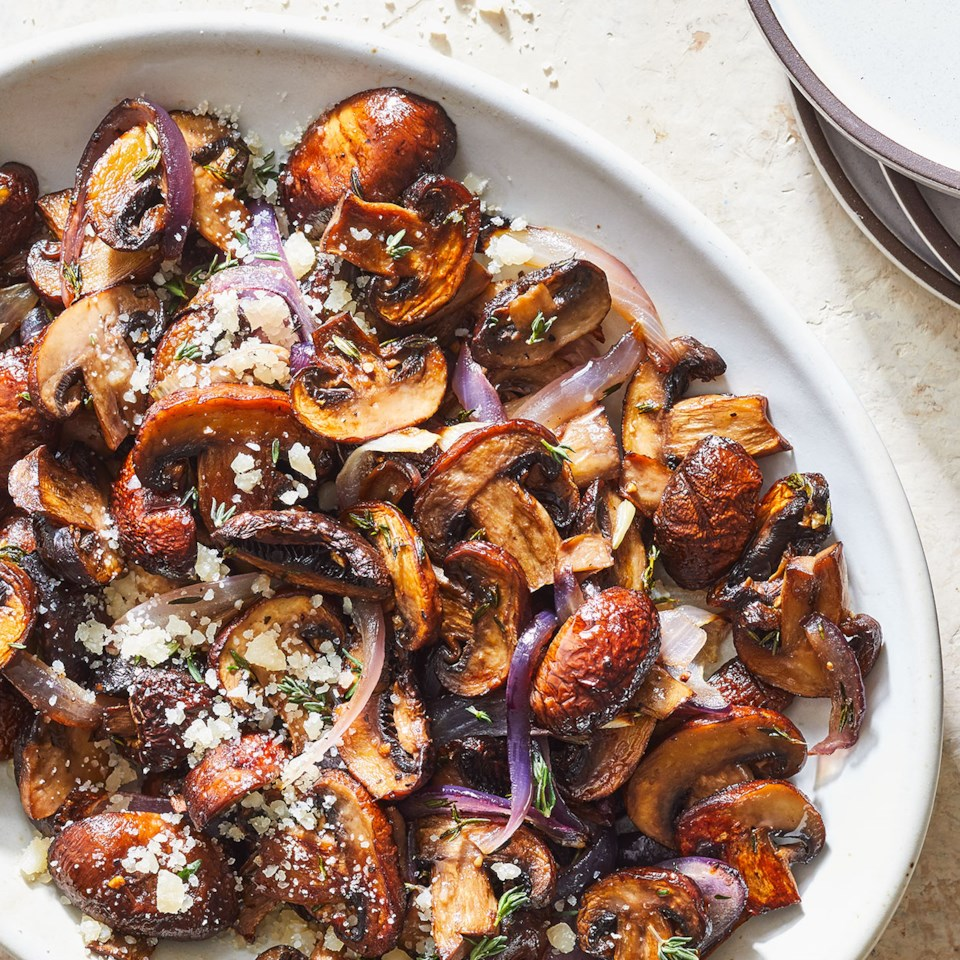 Sauteed Mushrooms with Sherry & Shallots Recipe