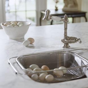 wash eggs