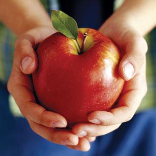 12 Foods to Buy Organic