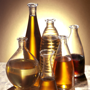 Oils, Vinegars & Condiments