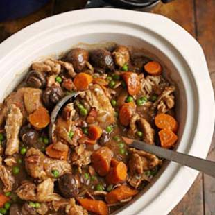 3 Ways Your Slow Cooker Can Help You With Your Resolutions