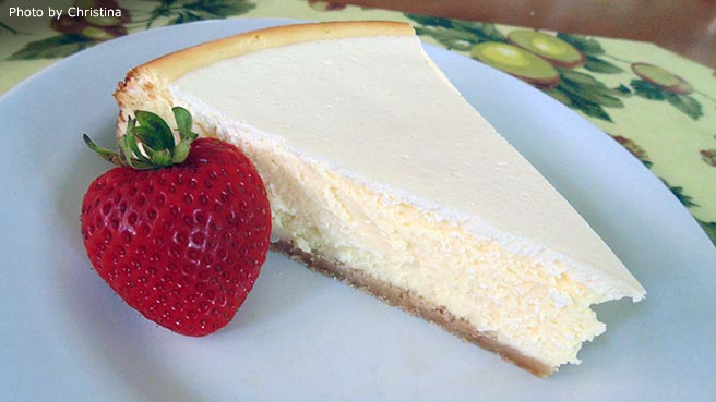 Waldorf's Sour Cream Cheesecake