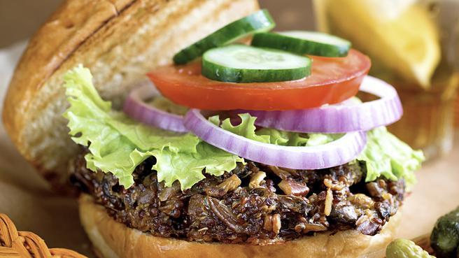 Easy Quinoa & Mushroom Burgers