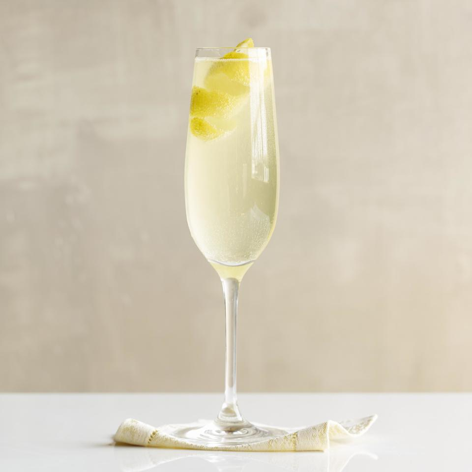 Healthy cocktail wine recipes eatingwell for Cocktail recipes with white wine