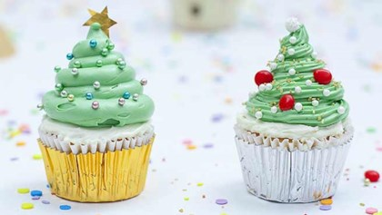 tips tricks christmas tree cupcakes - Christmas Cupcakes