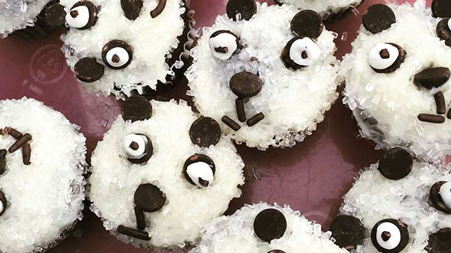 Mini Panda Cupcakes