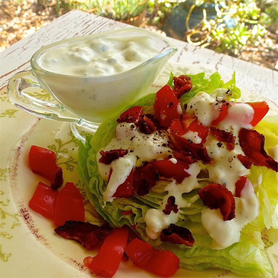 Tasty Blue Cheese Salad Dressing lutzflcat